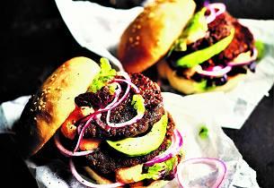 Linseburger med sitronsyltet rødløk