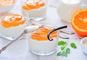 Sagopudding på blodappelsingelé med karamelliserte hasselnøtter
