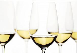 white-wine-000007367466_Full.jpg