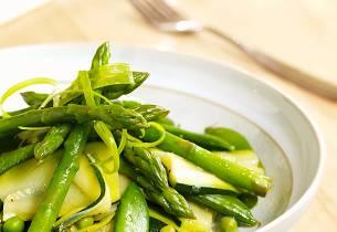 Smørdampete vårgrønnsaker
