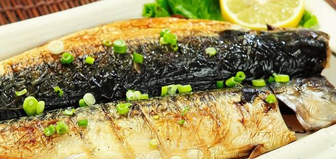 Syltet makrell med sommerlig følge