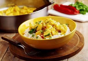 Kylling i curry med grønnsaker og fløte