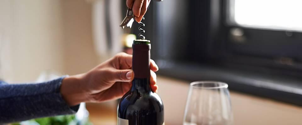 Hvor lenge holder vin på åpnet flaske