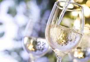 Sett av en lørdag ettermiddag til å smake utsøkte viner fra Mosel-dalen.