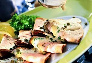 Kalvesteik med tunfisksaus