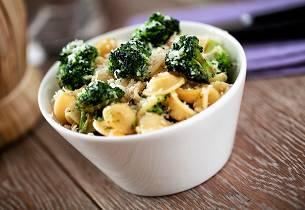 Orecchiette med ansjos og broccoli