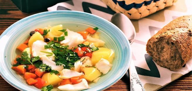 Klar fiskesuppe med sei