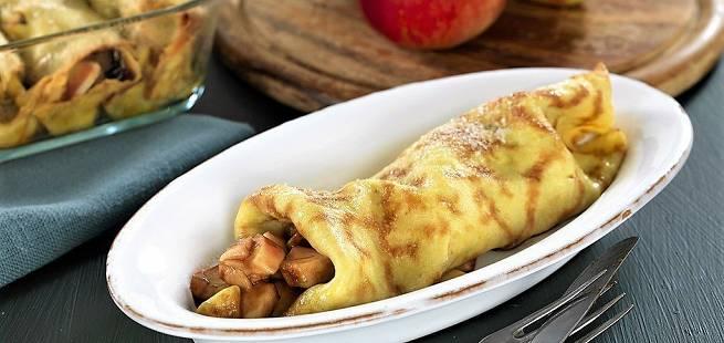 Pannekaker med epler og bacon