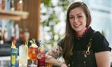 Canadiske Kaitlyn Stewart er verdens beste bartender