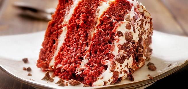 Vegansk red velvet-kake med kremostfrosting