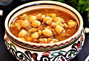 Suppe med kikerter