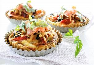 Minipai med  kveite, laks og rød pesto