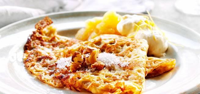 Pannekaker med eplekompott og sitronkrem