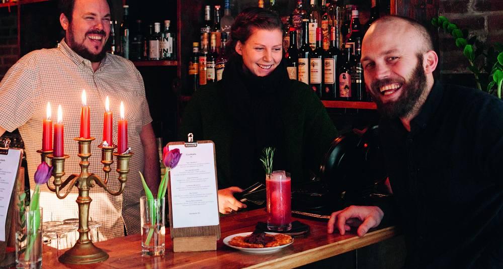 Cocktails med noe attåt og karaoke for lukkede dører. Det er oppskriften for Bergens hotteste bar akkurat nå
