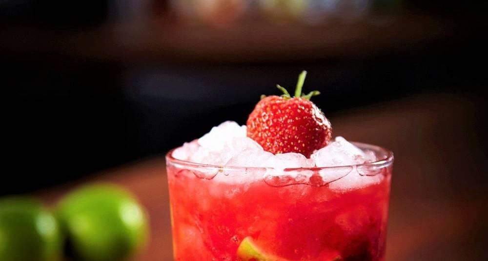 Når mojitoen får smak av jordbær, blir den direkte uimotståelig