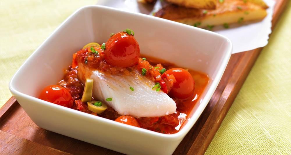 Grillet klippfisk med tomatsaus
