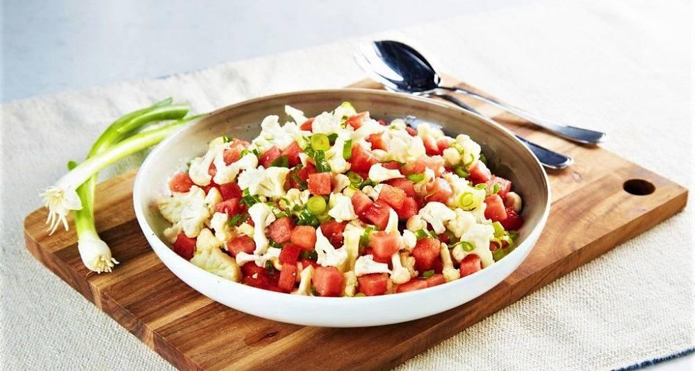 Blomkålsalat med vannmelon