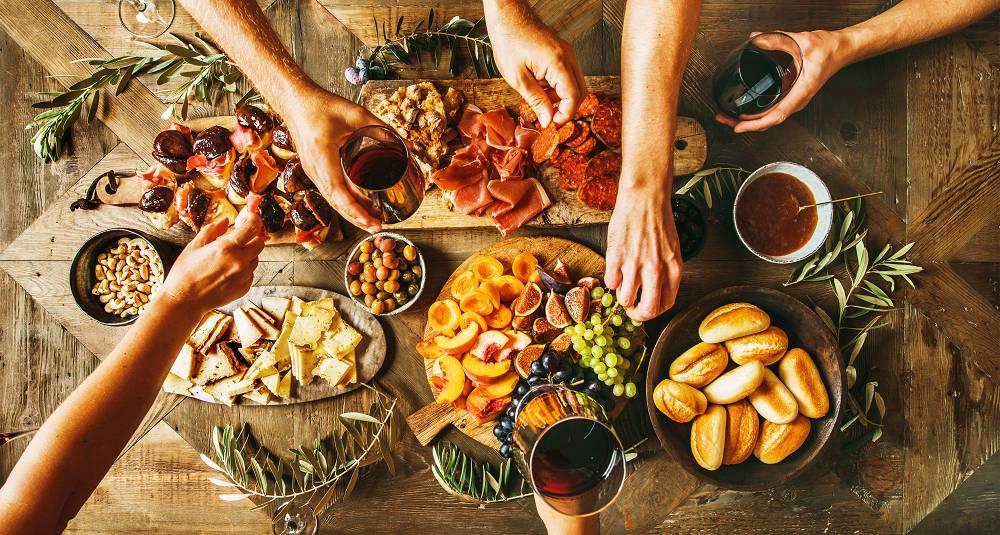 Fråts i Piemontes lekre viner, gode spekemat og oster