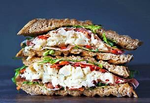 Glem bacalao, putt klippfisken mellom to brødskiver og du har et helt måltid