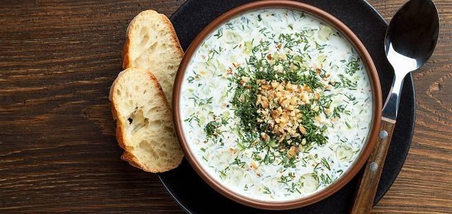 Tarator - bulgarsk yoghurtsuppe