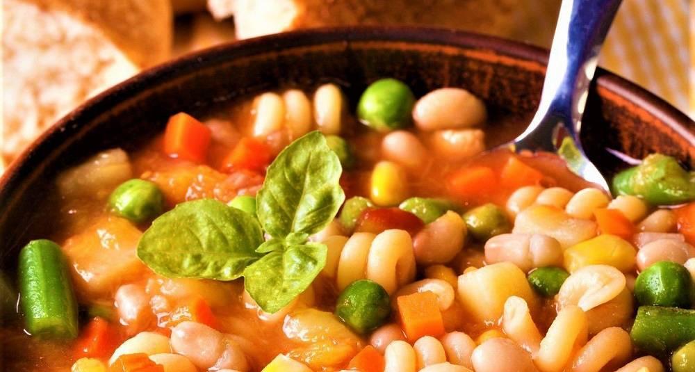 Denne italienske suppen lager seg selv og er verd å vente på