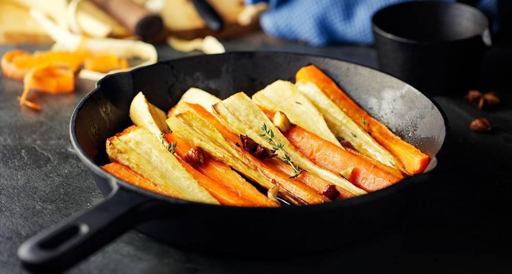 Glaserte gulrøtter og pastinakk