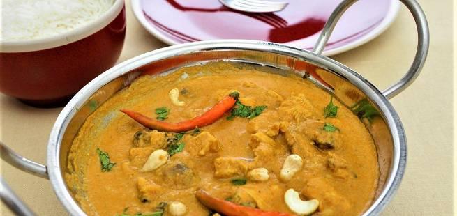Kylling i cashewnøttsaus som i India