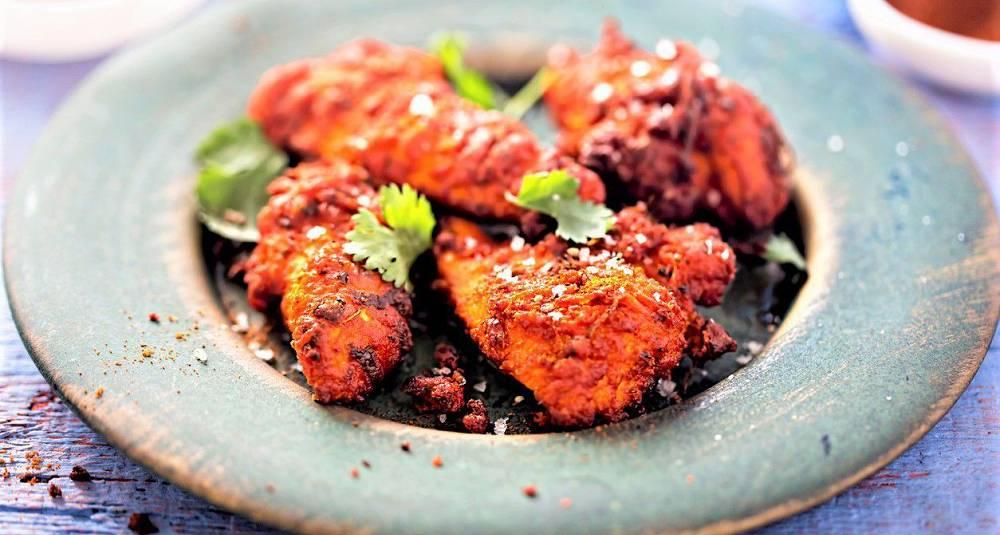 Ovnsstekt rød kylling Murg Tandoori som i India