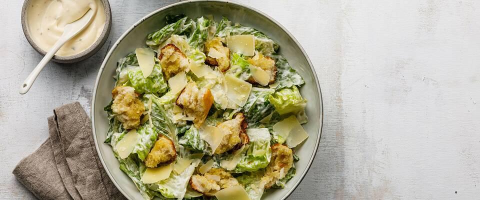 Dette er den eneste oppskriften du trenger på cæsarsalat
