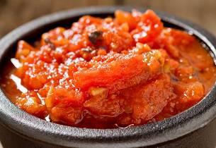 Enkel tomatsalsa