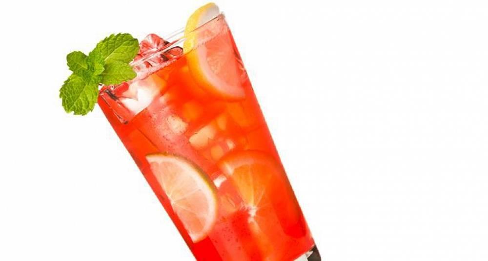Mai Tai med likør og absinth