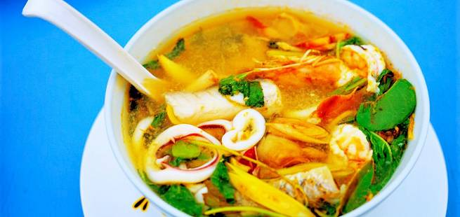 Thai hot and sour fiskesuppe