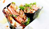 Kan du tenke deg å bruke skinke fra boks i maki-sushien? Ikke? Det gjør de med glede på Hawaii. Dette er en av årets sterkeste mattrender