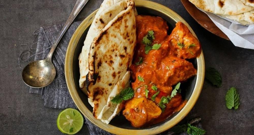 Butter chicken er kanskje en av Indias mest kjente matretter. Slik lager du den magiske retten hjemme
