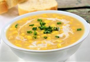 Saras hjemmelagde maissuppe
