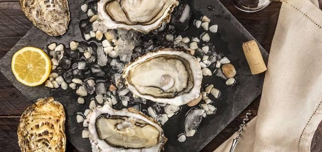 Det smaker med østers naturell