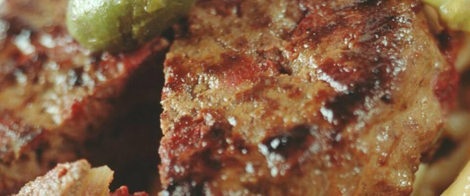 Pepperburger med peppersaus