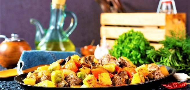 Kjøttboller med rotgrønnsaker