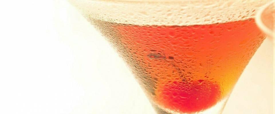 Mens du venter på at det igjen skal bli tid for alkoholsterke drinker, kan du kose deg med denne