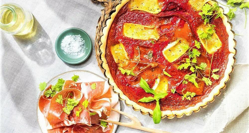 Pai med rødbete, brie og Parma-skinke