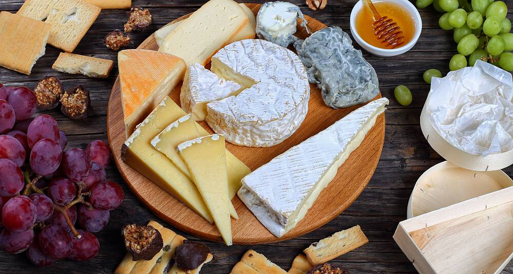 Ostefatet er lørdagsgodt for voksne - med øl og mjød når det nye høyder