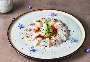 tiradito-white-fish-picture-id1261818041 (1).jpg