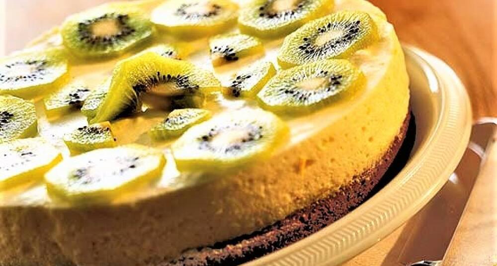 Bak en vårlig og luftig kake til helgen