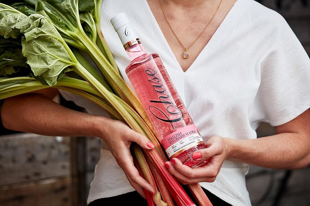 English-Rhubarb-Vodka.jpg [254.13 KB]