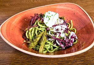 Denne pastasalaten kan du ta med på piknik i dag