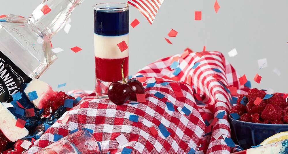 Enten du skal feire 4. juli eller bare har en hangup når det kommer til gele, er dette drinken for deg