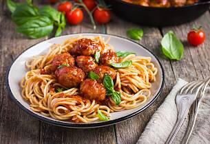 Kalvekarbonader med pasta