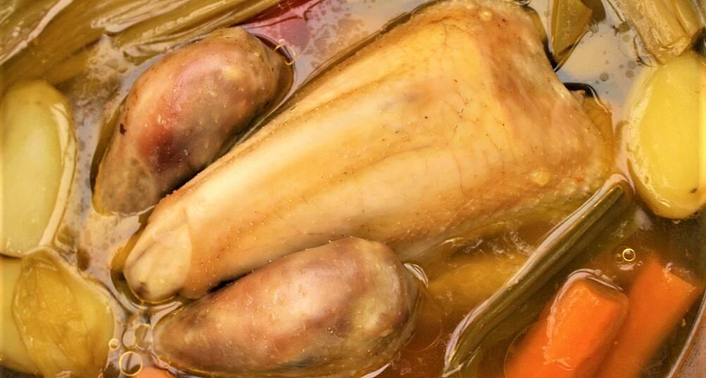 Hønsegryte fra Toulouse i Frankrike - Poule au pot à la Toulousaine