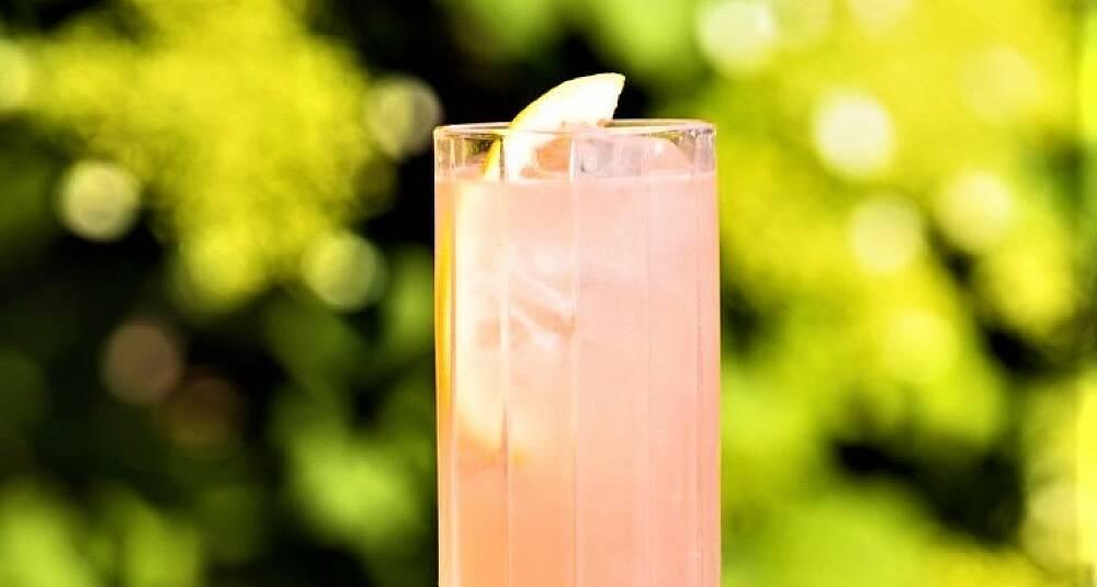 Denne krydrete og spennende drinken har mindre alkohol enn smaken tilsier